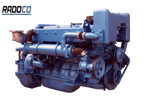 موتور دیزل دریایی