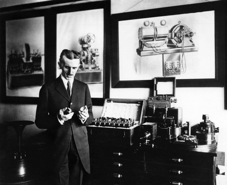 موتورهای الکتریکی یکی از مهمترین اختراعات نیکولا تسلا است.
